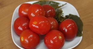 pomidor-solyoniy