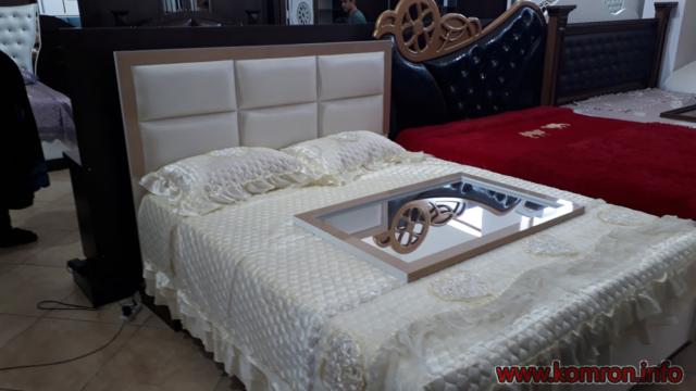 Молочный- белый кровать по цене 385 $