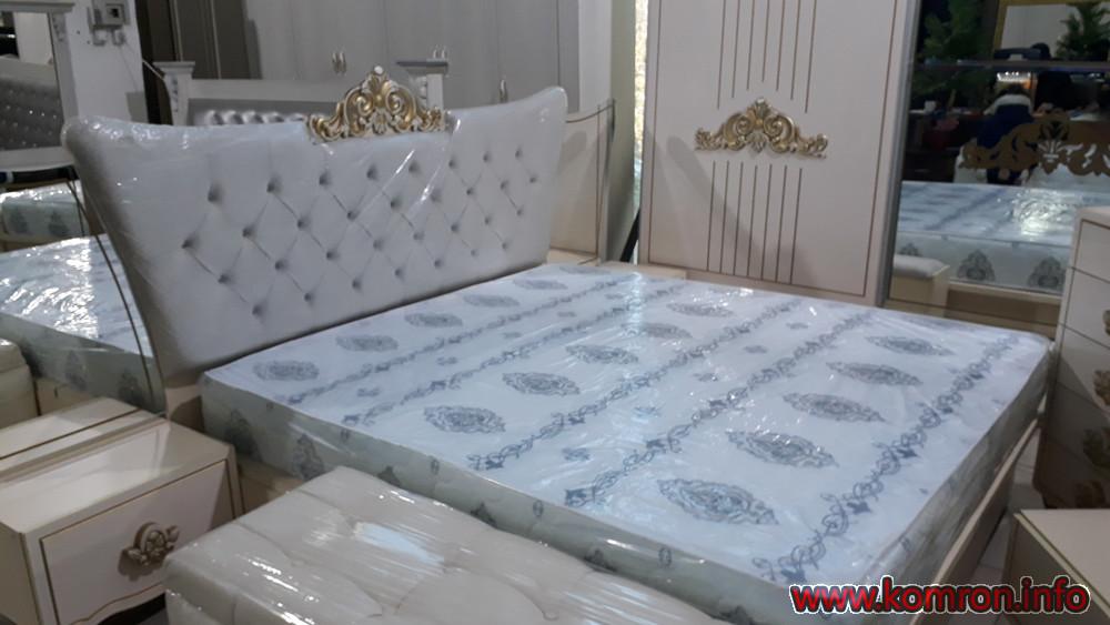 Необычные  белые кровати по цене 400 $