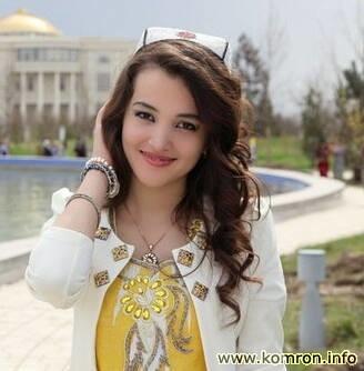 Тоқии тоҷикӣ бар сари духтари деҳотӣ