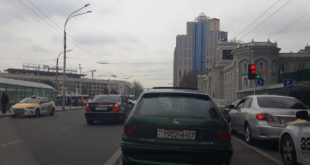 Нарушител мерседес в Душанбе